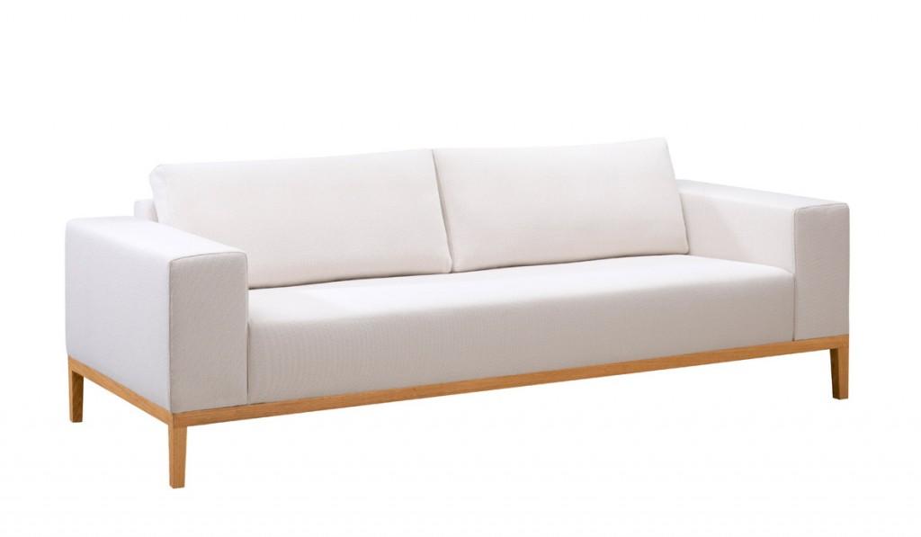 sofa mit holzrahmen serafin auf den zentimeter genau planbar. Black Bedroom Furniture Sets. Home Design Ideas