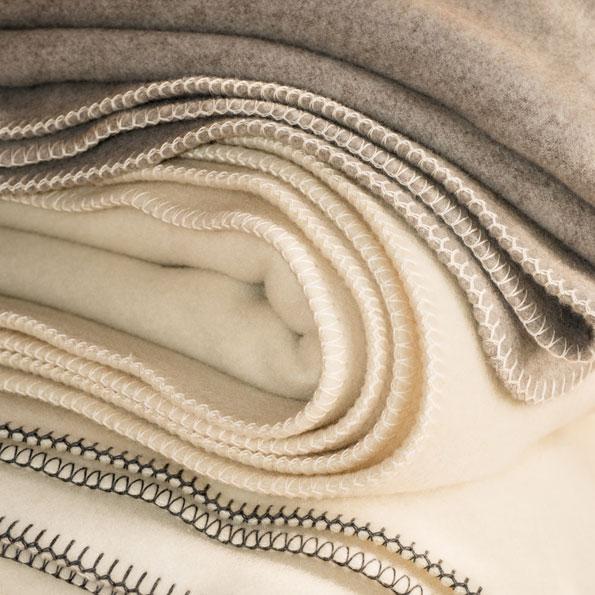 Kategorie-Wolldecken-&-Plaids_Schafschurwolle