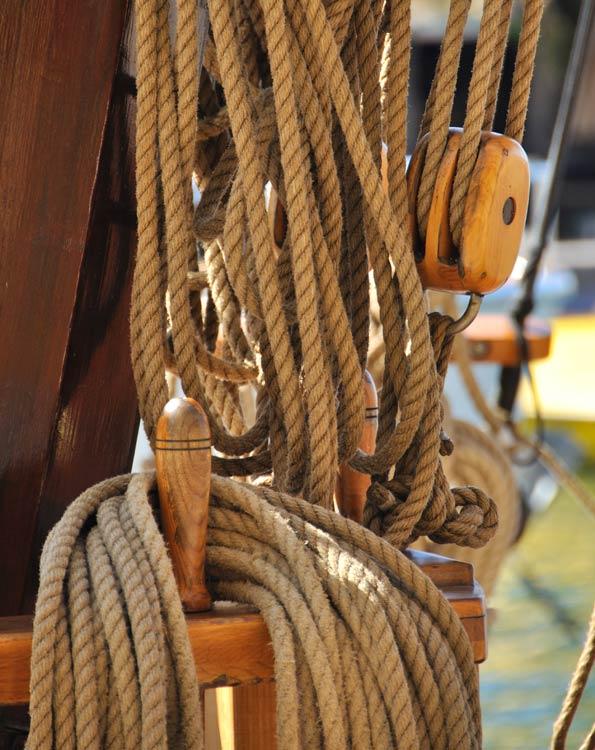 Material_Hanf_Hanfseile-auf-Segelschiff