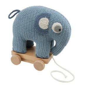 SEBRA_Häkel-Nachziehtier,-Fanto-der-Elefant,-powder-blue